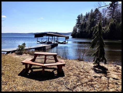 chalet au bord de l eau lac memphr 233 magog chalet 224 louer cantons de l est estrie ogden photos