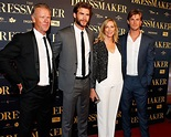 Liam Hemsworth Looks Just Like Dad in His Parents' Wedding ...