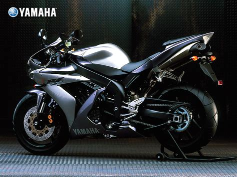Review Yamaha R1 by Auto Review Yamaha Yzf R1
