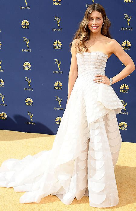 emmy awards   dresses   night  claire