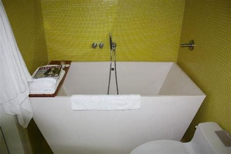 small tubs cheap soaking tub for small spaces bathroom small