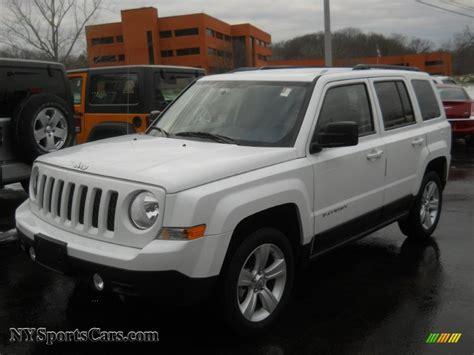 jeep patriot white 2011 jeep patriot latitude 4x4 in bright white 217638