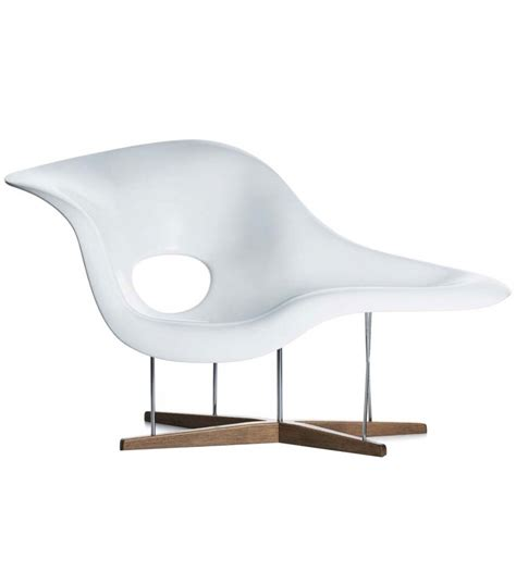 la chaise longue tours la chaise chaise lounge vitra milia shop