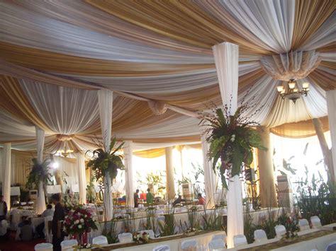 tenda dekorasi pernikahan  royal wedding organizer