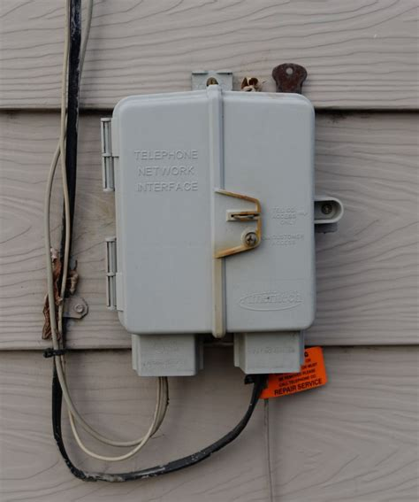 connect  amplex phone   home phone wiring