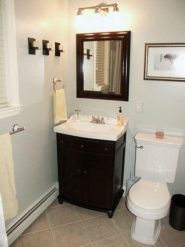 Simple Bathroom Design Ideas Simple Bathroom Decorating Ideas With Classic