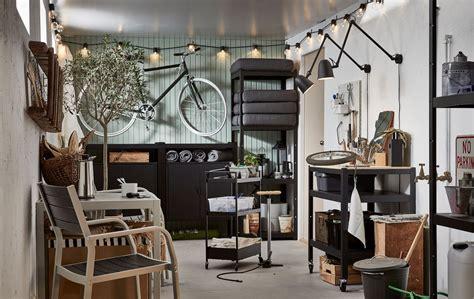 trasforma il garage  la cantina   angolo relax ikea