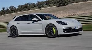 Porsche Panamera Hybride : actualit auto porsche panamera e hybrid bient t cours de piles luxury car magazine ~ Medecine-chirurgie-esthetiques.com Avis de Voitures