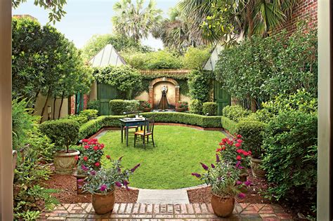 Pie Shaped Backyard Landscaping Ideas Google Search Backyard
