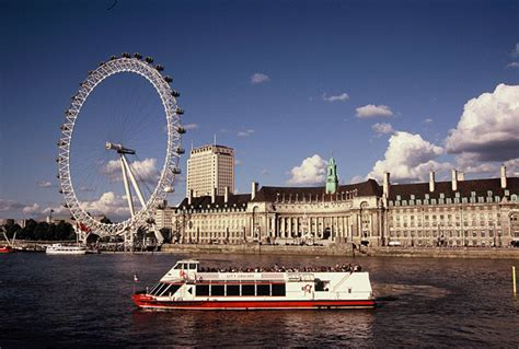 River Thames Boat Tour by Thames River Cruise See By Boat
