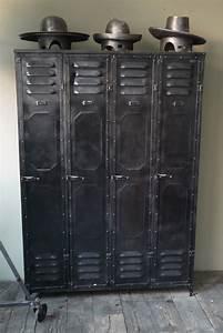 Casier Vestiaire Industriel : ancien vestiaire d 39 usine des ateliers schwartz hautmont ~ Teatrodelosmanantiales.com Idées de Décoration