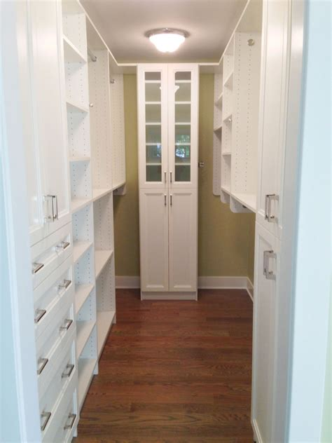 ideas of functional and practical walk in closet for home