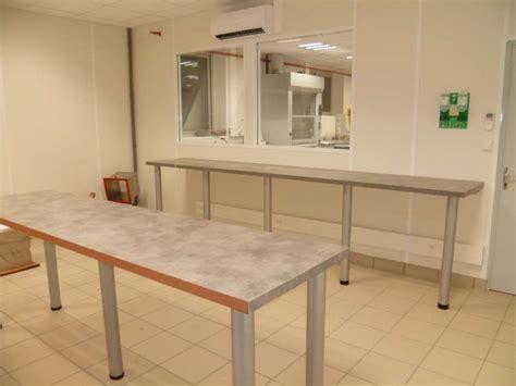pied de plan de travail cuisine aménagement complet d 39 un laboratoire de tests en isère