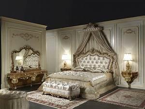 Lit Style Baroque : chambre style baroque luxueuse et pleine de caract re ~ Teatrodelosmanantiales.com Idées de Décoration