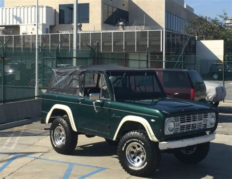 1966 Ford Bronco, 4x4, Brand New Wheels & Tires, Hard