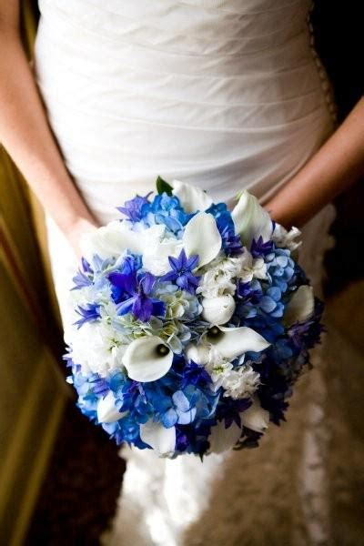memorable wedding  blue wedding flowers