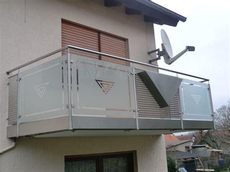 balkongeländer glas edelstahl metallbau rabe gmbh schmiedebetrieb in ringgau r 246 hrda
