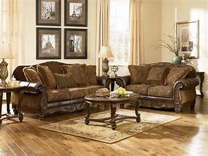 Cozy look of a traditional living room furniture for Traditional living room sofa