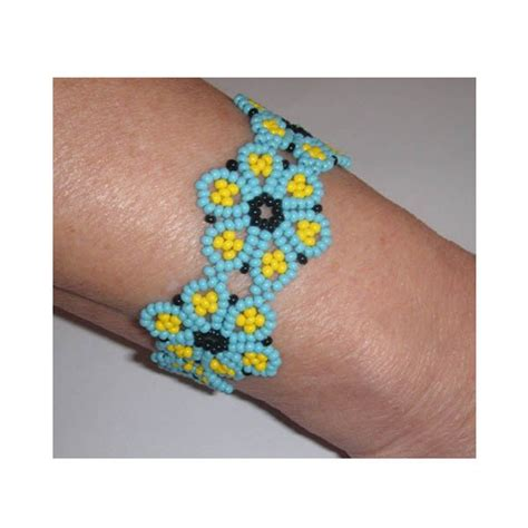 perle de rocaille modele bracelet fleur perle de rocaille bijoux 224 la mode