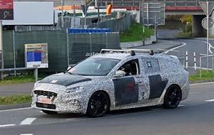 Nouvelle Ford Focus 2019 : vid o la nouvelle ford focus 2019 espionn e sur le ~ Melissatoandfro.com Idées de Décoration