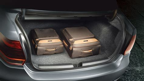 volkswagen vento highline  boot space autobics