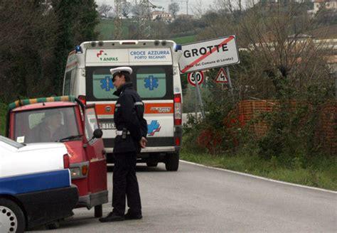 Polizia Municipale Porto Recanati by Donna Trovata Morta A Porto Recanati Dopo Una Violenta