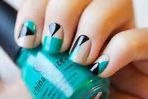 Amazing diy nail art ideas using scotch tape style