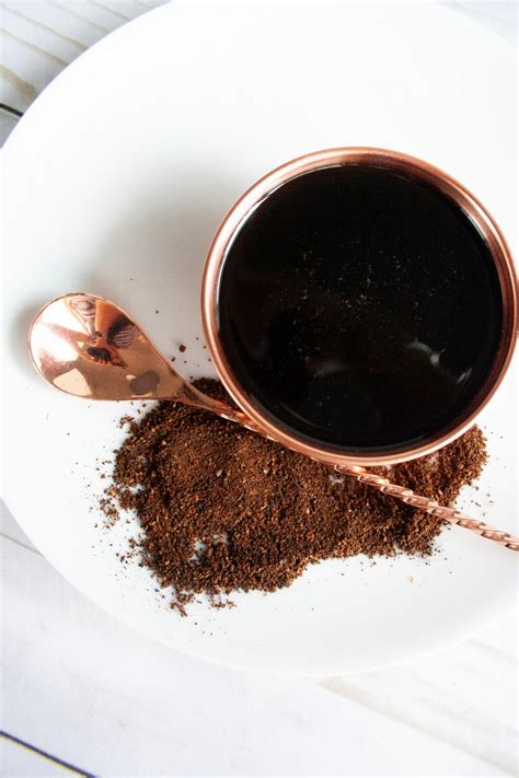 Simple syrup desirable when sweetening coffee drinks or cocktails because it will not leave gritty sugar bits in the beverage. Coffee Syrup for Coffee Milk | Elle Talk