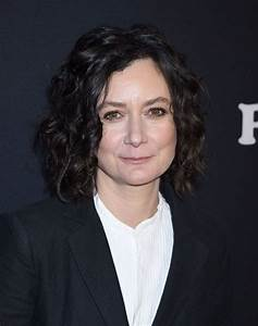 SARA GILBERT at Roseanne Premiere in Los Angeles 03/23 ...