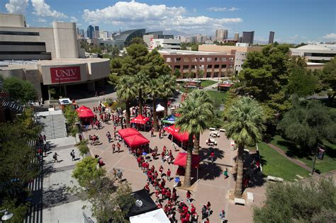 unlv ranks  nations   accepted student