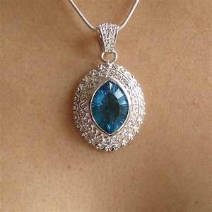 pendentif avec cristal bleu bijoux femme en pierres semi With bijoux cristal