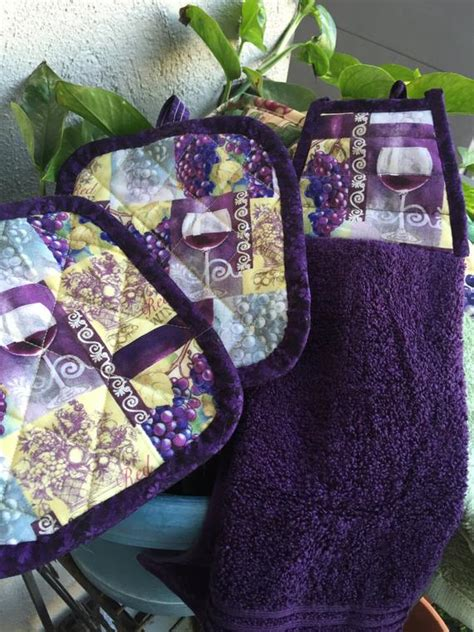 pot holders setgrapes kitchen toweltowel settrivethot