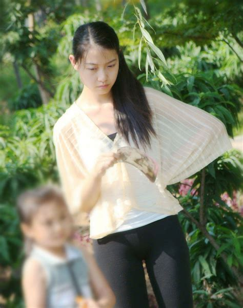Nonnude But Really Beautiful Chinese Young Moms Lovely
