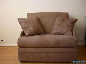 vends fauteuil lit convertible 1 personne jamais servi With nettoyage tapis avec canape lit convertible 1 personne