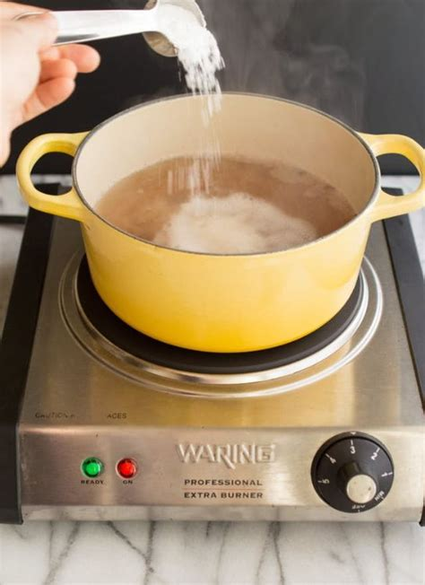 tips     hard  clean cookware    cooktop cove