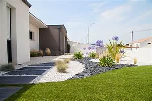 arriere du jardin moderne terrasse et patio nantes With meubles pour petits espaces 16 plantations du jardin moderne jardin autres