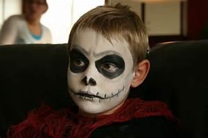 Déguisement Halloween Qui Fait Peur : maquillage halloween garcon qui fait peur ~ Dallasstarsshop.com Idées de Décoration