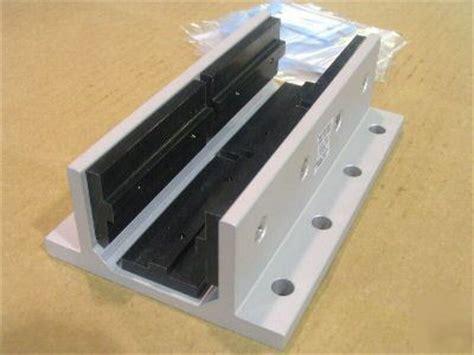 aluminum linear bearing