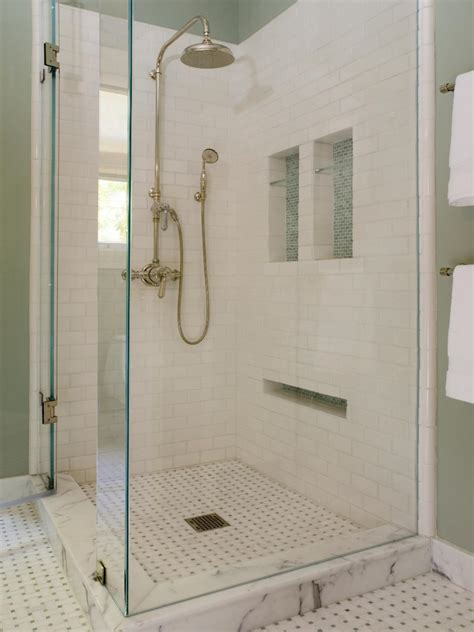 Bathroom Shower Tile Designs by 33 Amazing Ideas And Pictures Of Modern Bathroom Shower