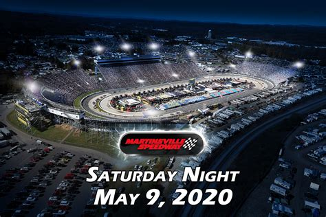 martinsville speedway host nascar cup series night race
