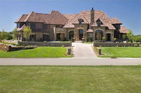 square foot mansion  prior lake mn homes