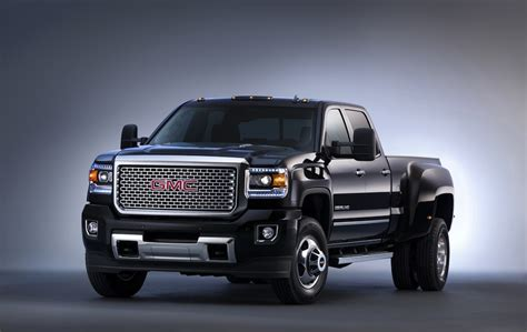 Chevrolet, GMC unveil redesigned 2015 Silverado HD, Sierra