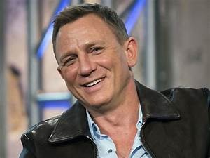 Daniel Craig to Undergo Ankle Surgery After Bond 25 Set ...  Daniel