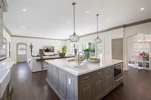 Square Kitchen Islands - Home Design