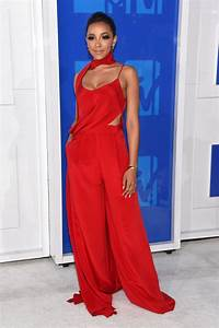 MTV VMAs 2016: The Best Red Carpet Looks - News & Events