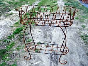 Wrought Iron Scalloped Fernery Plant Stand Metal Planter