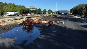 Semi crash closes I-75 in Gainesville