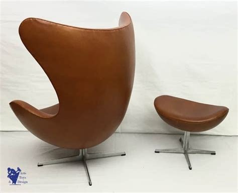 Arne Jacobsen Egg Chair Ottoman First Serie 1958 Scandinavian Design Bean Bag Chair Singapore Orange Wicker Cushions Parsons Chairs With Arms Theater Speakers Burnt Armchair Uk Black Dining Nz White Folding Covers Bulk Baseball Glove Desk