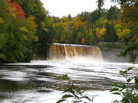 Tahquamenon Falls   Waterfalls, Hiking, Campinig