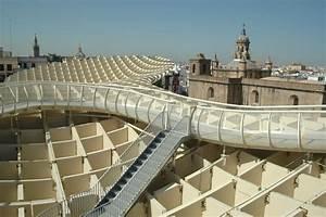 Plaza de la Encarnación o de las setas en Sevilla terraza ejemplo de integración Martin Serrano
